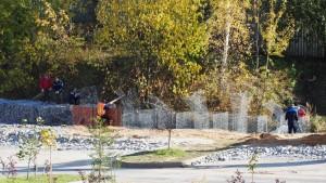 Как появилась речка. Фото репортаж из Микрорайона Южный в Новых Ватутинках