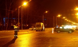 Пострадала маршрутка в результате столкновения трёх автомобилей на нерегулируемом перекрёстке в Новых Ватутинках-10012016
